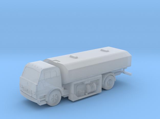 1:144 Scale International Harvester Fuel Truck