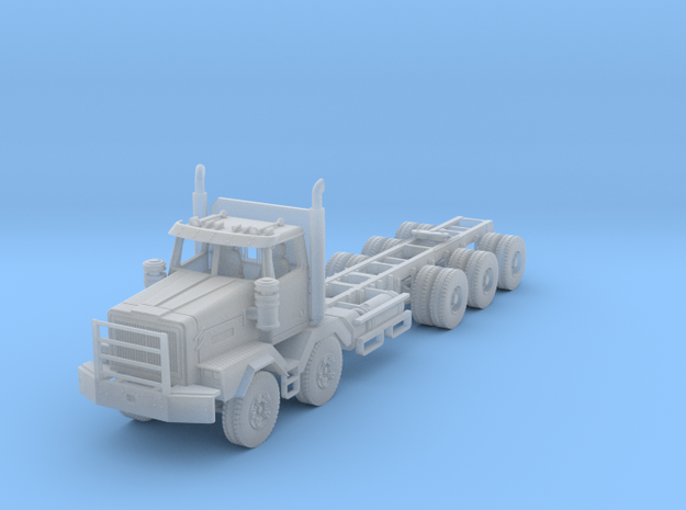 Western Star 4900-XD Tri-Axle and Twin Steer in Smooth Fine Detail Plastic