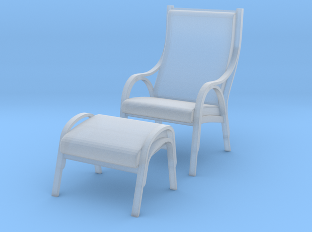 Danish Bentwood Chair w/ Ottoman in Smooth Fine Detail Plastic: 1:48