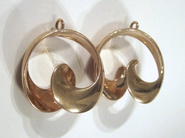 MobTor Earrings: the half Mobius Torus Shell 3d printed in Polished Bronze