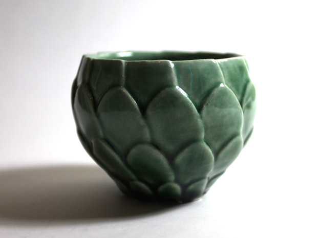 Artichoke Bowl in Gloss Oribe Green Porcelain