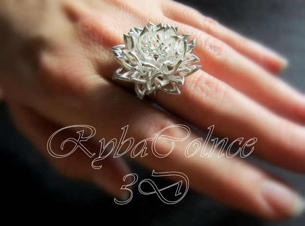 Ring the Chrysanthemum / size 6 US (16,5 mm) in Polished Silver