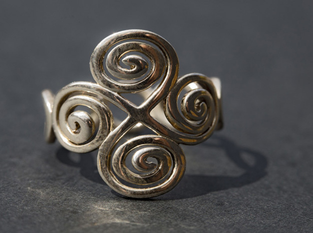 2 Spirals and Ovals -Closed version- Size17 in Polished Silver