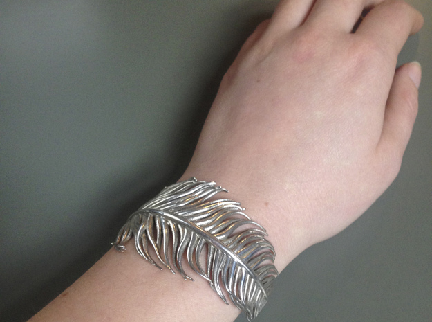 Singular penna - feather bracelet in Polished Silver: Small