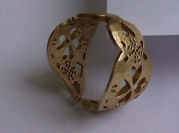 Ring Coracao Viana 3d printed Raw Brass Front View
