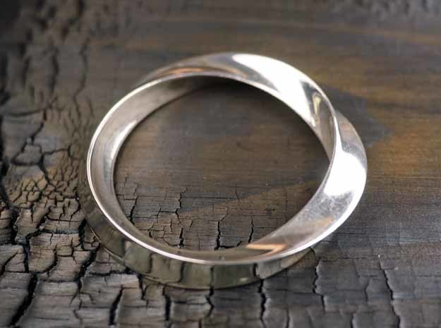 Heavy Bangle in Polished Silver