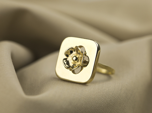 Blossom Ring in Polished Brass