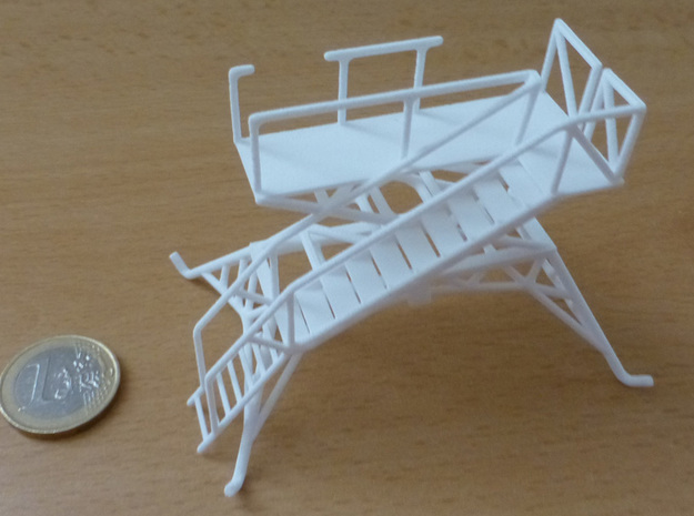 Aircraft crew boarding platform in White Natural Versatile Plastic: 1:65