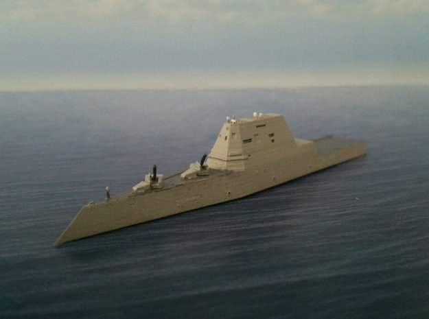 1/2000 USS Zumwalt  in Smooth Fine Detail Plastic: 1:2000
