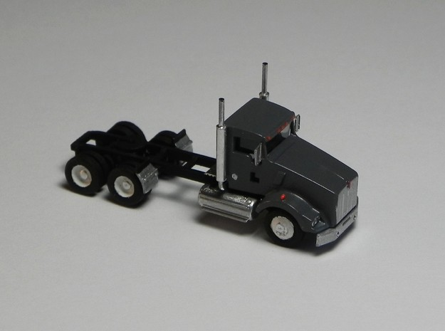 1:160 N Scale Kenworth T800 DaycabTractor x2 in Smooth Fine Detail Plastic