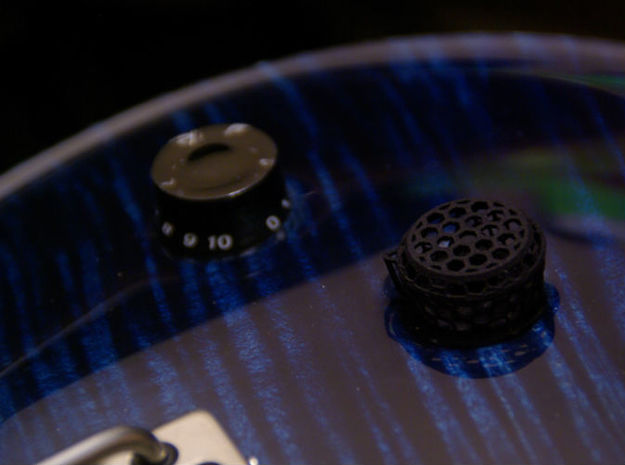 Grip-Switch v1 Guitar Knob 3d printed New design made in USA or old speed knob made in China?