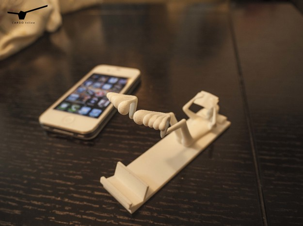 The Reading Man (stand for Iphone 5) 3d printed The Reading Man