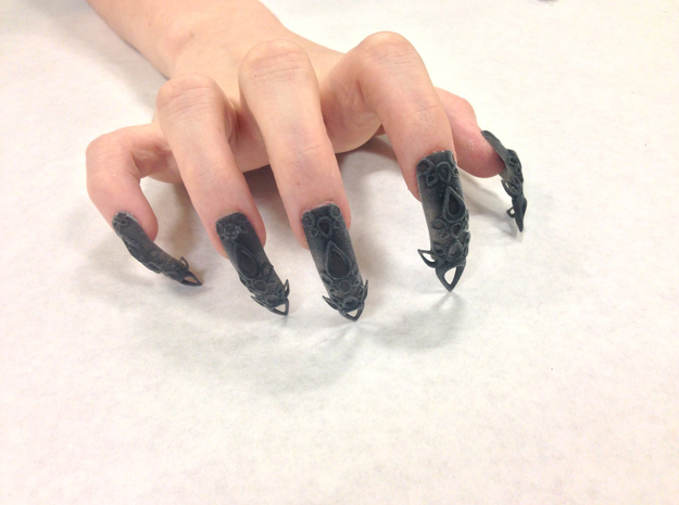 Castle Nails (Size 1) in Black Natural Versatile Plastic
