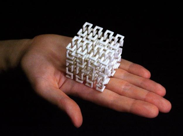 Hilbert Curve in White Natural Versatile Plastic