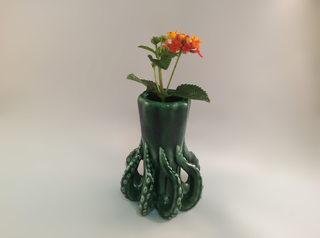 Tentacle Vase in Gloss Oribe Green Porcelain