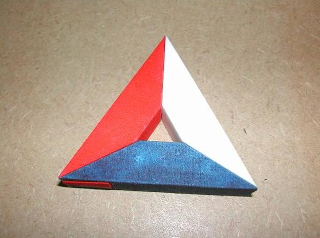 Van der Werff's ParadoxicalTriangle 3d printed Assembled Puzzle