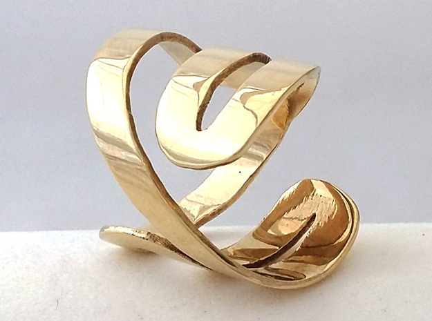 NEVER ENDING RING Size 7 in Polished Brass