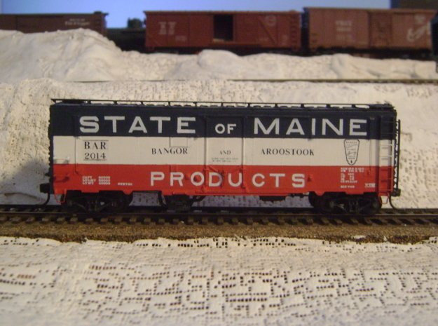 """""""State of Maine""""-style HO Charcoal Heater Kit in Frosted Extreme Detail: d4"""