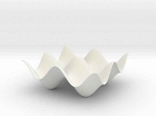 Wavy Plate in White Natural Versatile Plastic
