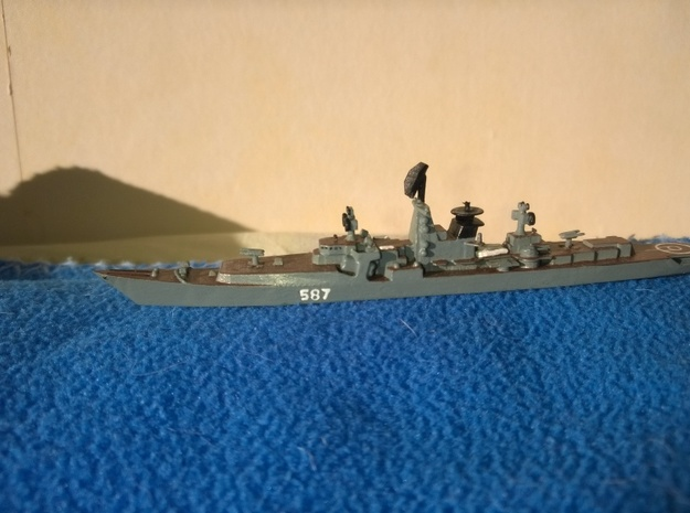 1/1250 Soviet Kresta 2 Cruiser in Smooth Fine Detail Plastic: 1:1250