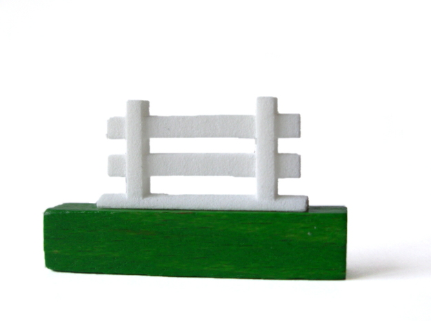 Agricola Fences, set of 77 3d printed WSF fence compare to original game fence.