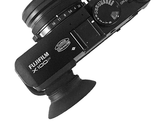 Eyecup adapter for X100F in Black Strong & Flexible