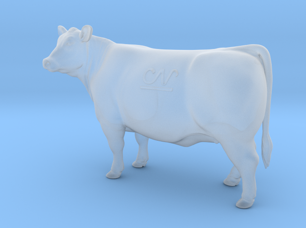 1/64 Show Heifer in Smooth Fine Detail Plastic