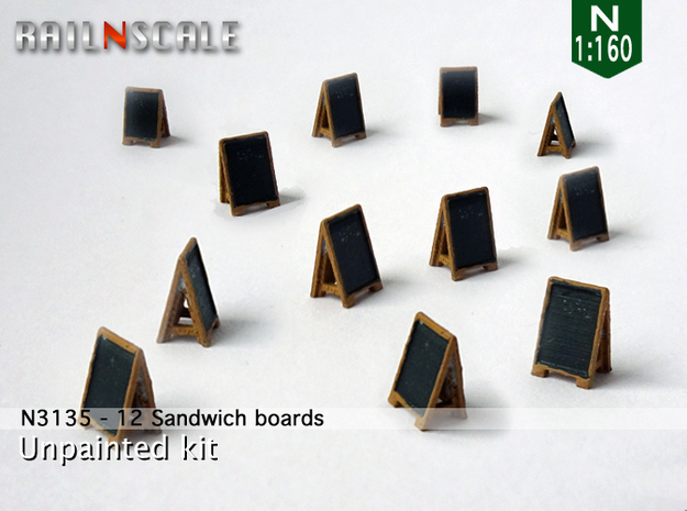 12 Sandwich boards (N 1:160)