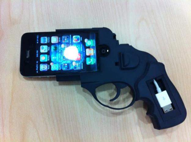 iPhone 4 Ruger 3d printed Final with USB cradle and cable installed
