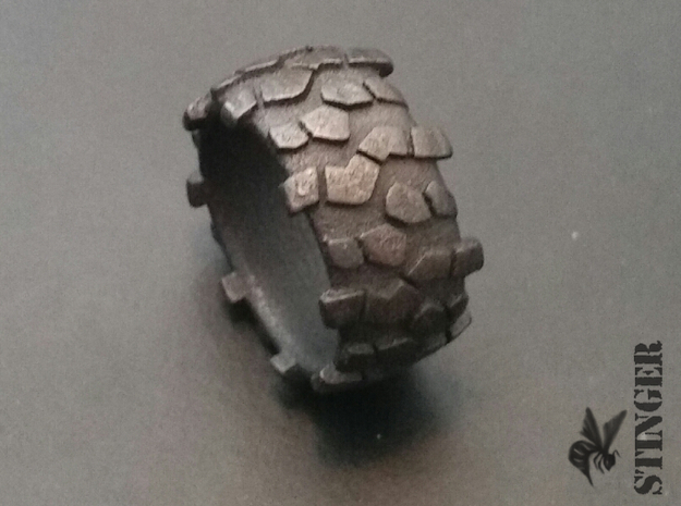 Crawl Tire Man Ring in Polished and Bronzed Black Steel: 10 / 61.5