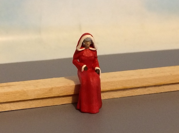 Mrs. Claus Sitting in Smoothest Fine Detail Plastic: 1:64 - S