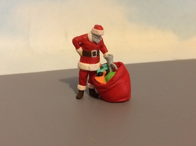 Santa Claus With Toy Bag in Smoothest Fine Detail Plastic: 1:64 - S