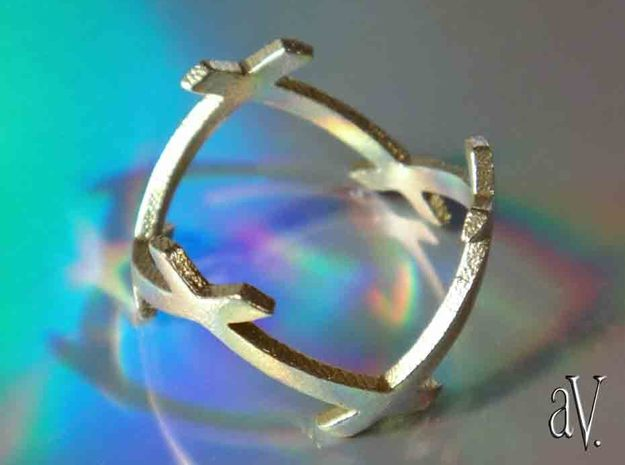 CrssWave Thin Ring in Natural Brass: 8 / 56.75