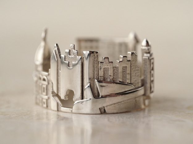 Atlanta Ring - Statement Ring in Polished Silver: 5 / 49