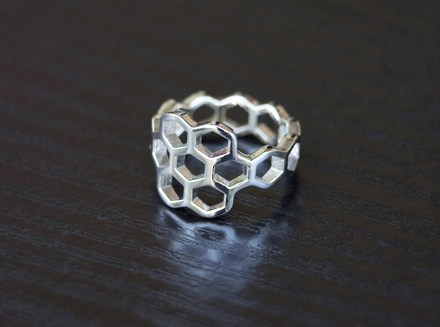 Hex Flower Ring in Polished Silver: 4.5 / 47.75