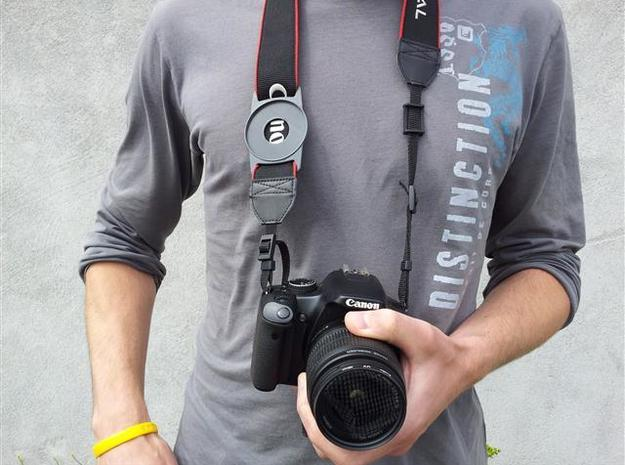 Lens Cap Holder (52mm) 3d printed Description