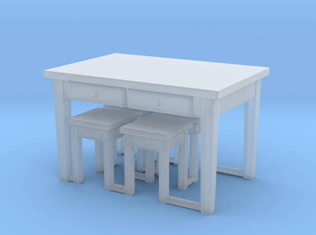 1:144- Kitchen Table & 4 Stools in Smooth Fine Detail Plastic