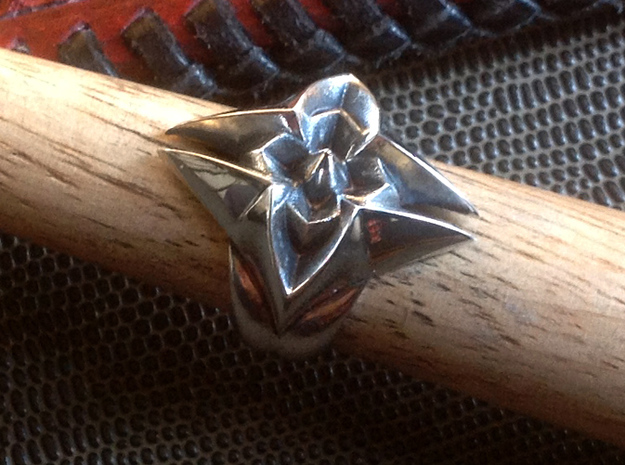 Flower Ring - Size - 9 (18.95 mm)