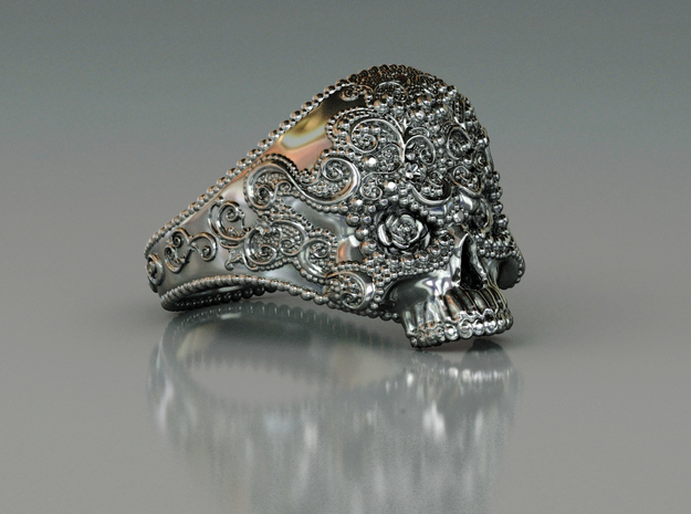 Filigree Skull Ring in Polished Silver: 8 / 56.75