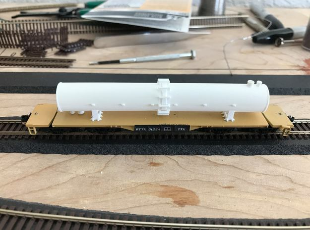 Flatcar Load - Fraction Tower - Zscale in Smooth Fine Detail Plastic