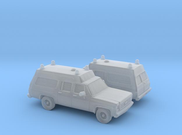 1/160 2X 1973-79 Chevrolet Suburban Ambulance in Smooth Fine Detail Plastic