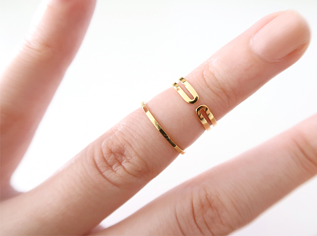 Loop Knuckle Ring in 14k Gold Plated Brass: Small