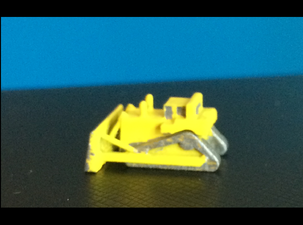 CAT D11T Bull Dozer in Smoothest Fine Detail Plastic: 1:500