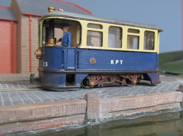 009 KP Steam Tram in White Processed Versatile Plastic
