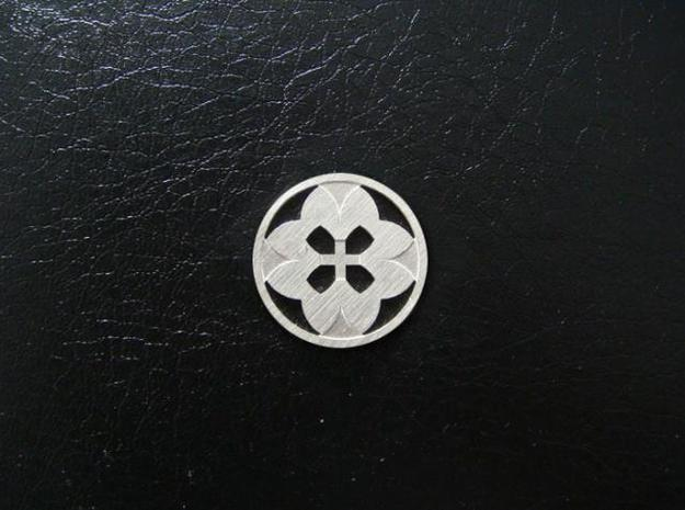 Round Pendant - Eight Petals Crossed in Raw Silver