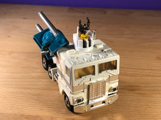 Ultra Magnus Diaclone Seat Head in White Natural Versatile Plastic
