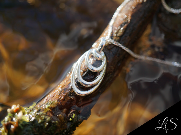 Ocean Wave Pendant in Polished Silver