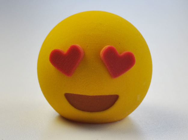 3D Emoji Love in Full Color Sandstone