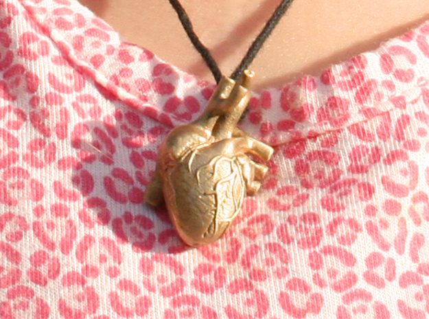 Anatomical Heart Pendant 3d printed Raw Bronze