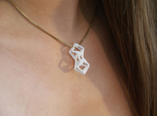"""head to head, heart to heart"" SUONO, pendant 3d printed"